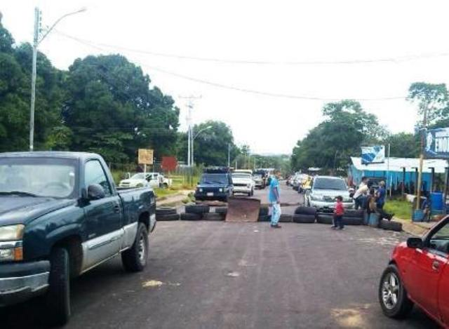 Vecinos protestan ante costo impagable de las cajas Clap en Delta Amacuro
